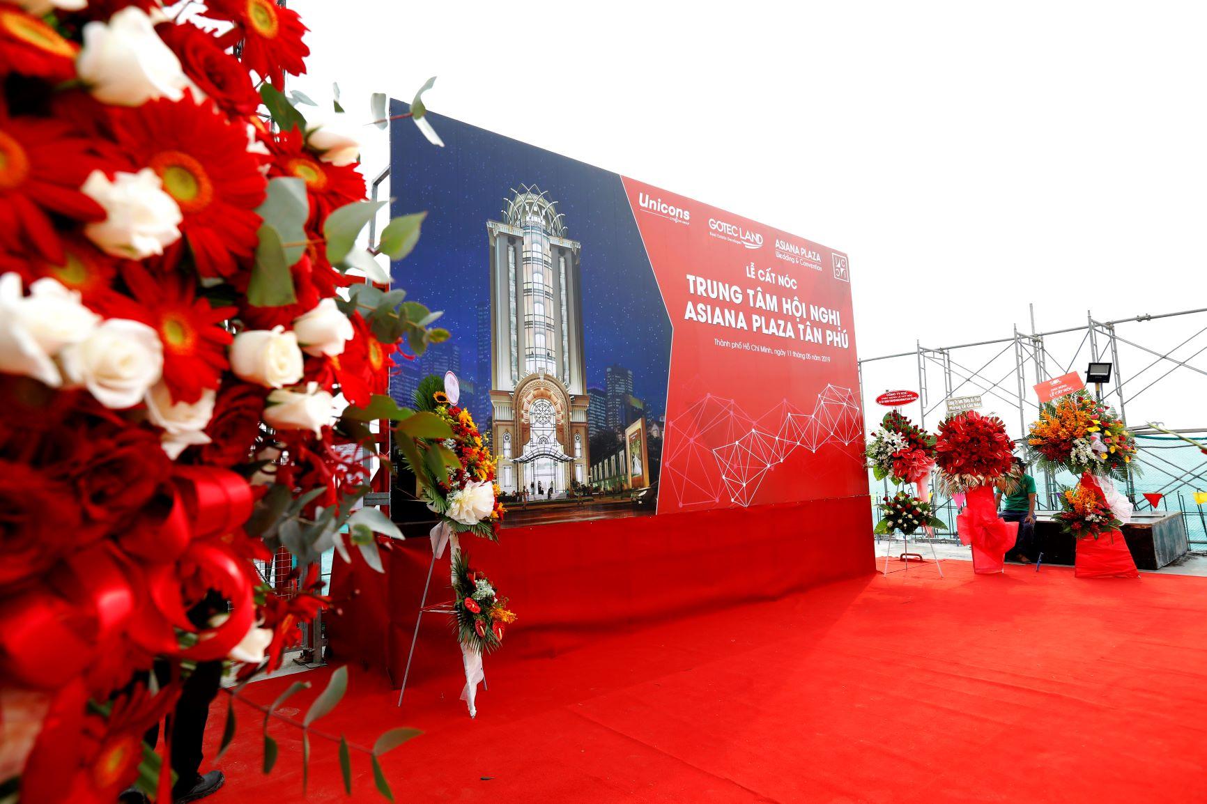 Lễ cất nóc dự án Trung tâm hội nghị Asiana Plaza Tân Phú diễn ra sáng ngày 11/05/2019